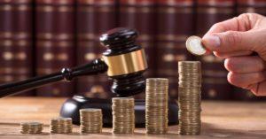 расходы в процессе суда